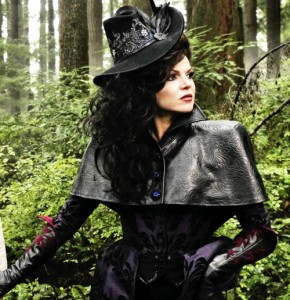 regina_costume2